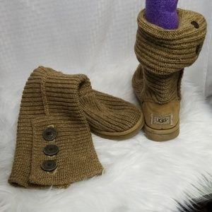 Ladies sz 7 knitted UGGS booties boots